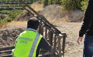 Diez detenidos por robar maquinaria agrícola y de construcción en viviendas de Coín