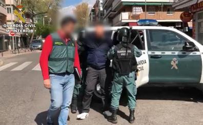Desarticulan una red dedicada a robar a otros narcos en una operación con tres detenidos en Estepona