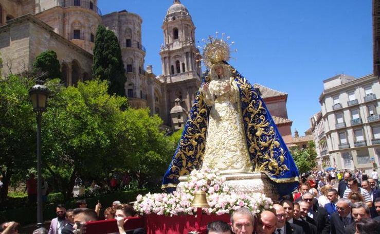 Las procesiones de la Trinidad y Estrella, en imágenes