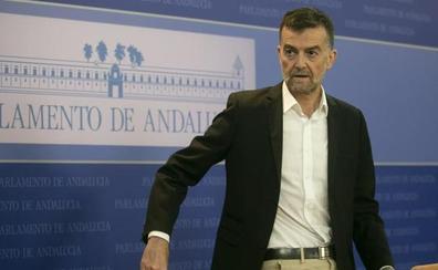 Antonio Maíllo deja su escaño y la coordinación de IU Andalucía y volverá a ser profesor de latín