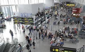 El aeropuerto registra 105 incidentes de pasajeros conflictivos a bordo en 2018