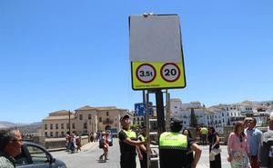 Ponen casi 18.300 multas por circular por el Puente en horario restringido