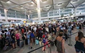 La Junta duda ahora entre Málaga y Sevilla para abrir rutas aéreas con Latinoamérica