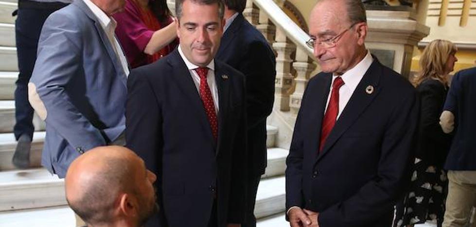 El alcalde de Málaga mueve ediles por querencias personales