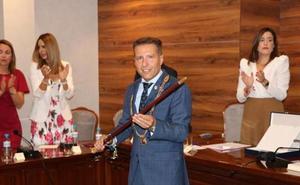El alcalde asume Obras, Turismo y Limpieza en el nuevo gobierno de Torrox