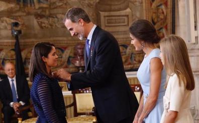 La alhaurina que diseña y produce férulas en 3D recibe un reconocimiento del Rey Felipe VI