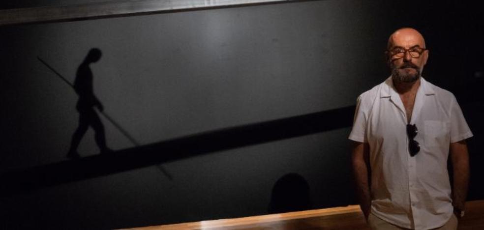 Cayetano Romero: entre el equilibrio y la ausencia