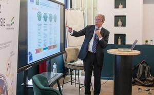 Velasco busca en París atraer inversiones para una «Andalucía de oportunidades»