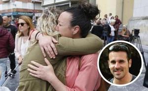 Oviedo llora el drama del joven profesor David Carragal
