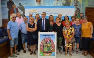 La Cala del Moral celebra el 50 aniversario de su feria recuperando la Comisión de Festejos formada por los vecinos