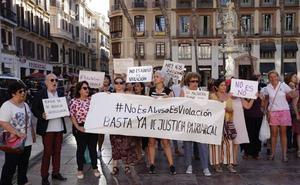 El Movimiento Feminista de Málaga pide justicia para las supervivientes de la violencia sexual