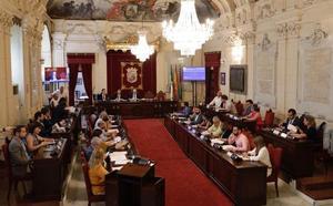 Mañana frenética en el Ayuntamiento: avances en la organización, no en los sueldos
