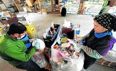 Los vecinos de una localidad japonesa tienen 45 contenedores para reciclarlo todo