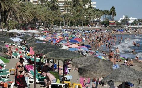 Seis playas marbellíes renuevan su certificado de calidad turística
