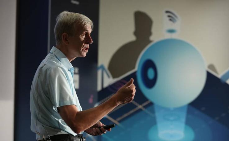 Foro SUR 'Inteligencia artificial: presente y futuro'