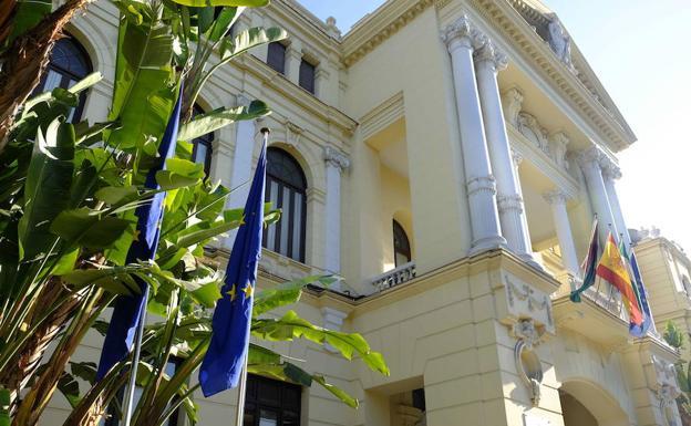 12a819167814 El equipo de gobierno del Ayuntamiento de Málaga aprueba el proyecto de  presupuesto, que supera los 821 millones, un 4% más