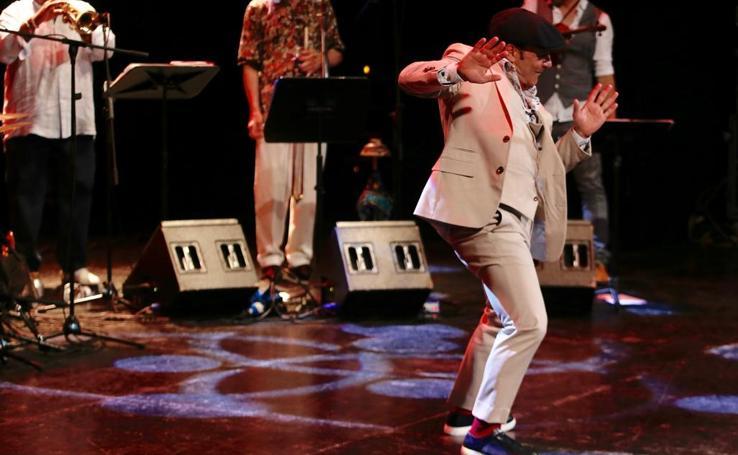 Zenet lleva sus ritmos al Teatro Cervantes por el Terral