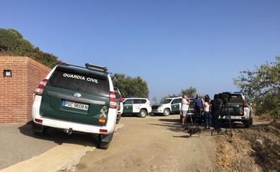 Reanudan las labores de búsqueda de Dana Leonte en el monte del castillo de Bentomiz