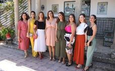 Presentan a la Presidenta y las Damas Goyescas de la Feria de Ronda