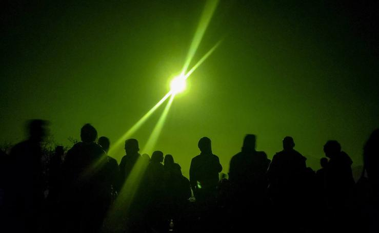 En imágenes, el espectacular eclipse que oscureció Sudamérica