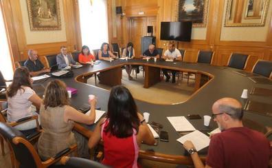 El Consejo Escolar pide cambios a la Junta en el enrevesado mapa de escolarización