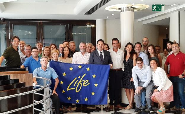 Participantes en el proyecto Life Vida for Citrus en una reciente reunión en Málaga /SUR
