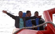 Casi 200 inmigrantes rescatados frente a costas andaluzas este fin de semana