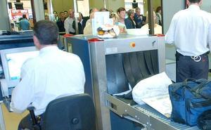 Detenido en el aeropuerto de Málaga con 1,7 kg de cocaína en su equipaje