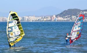 El malagueño Ángel Medina entra en el Guinness tras navegar de Málaga a Melilla en 19 horas
