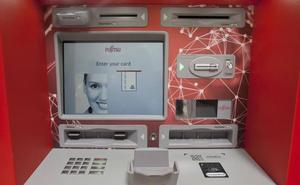 Fujitsu fabrica en Málaga los primeros cajeros automáticos del mundo con reconocimiento facial