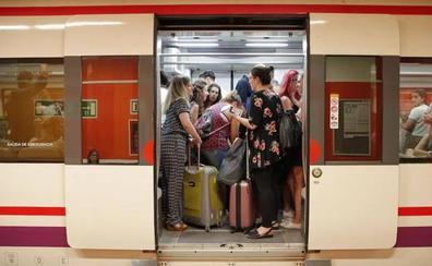 Renfe implanta una tarjeta sin contacto en los Cercanías de Málaga para los títulos multiviajes
