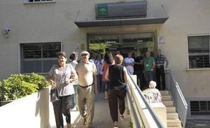 La lista de espera andaluza para la primera consulta del especialista baja un 7,8% en 4 meses