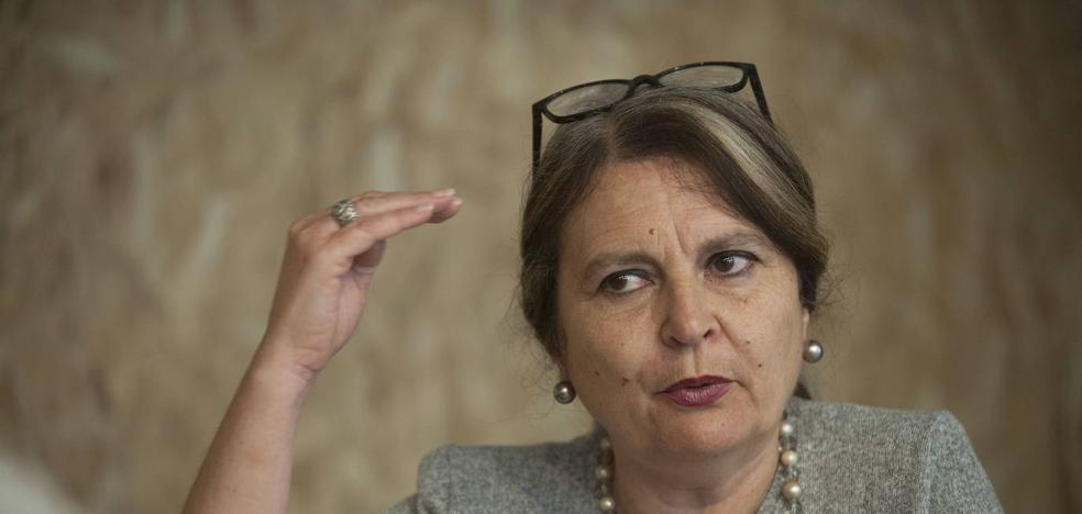 Elvira Roca: «La leyenda negra sigue generando un problema de autoestima»