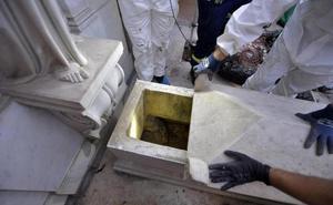 Sigue la búsqueda de los restos de Emanuela Orlandi: el Vaticano abrirá dos osarios del cementerio teutónico