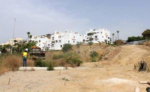 Comienzan en Estepona las obras del acceso público a la playa de El Cristo y la mejora del entorno