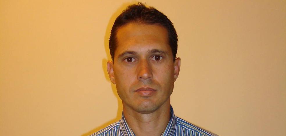 El exárbitro José Luis Paradas será nombrado hoy gerente de Málaga Deportes y Eventos