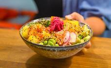 'Poke bowl', el plato hawaiano de moda