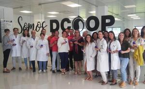 Dcoop imparte cursos de cata a su plantilla y cooperativistas, en su mayoría mujeres