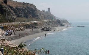 Mazagarrobo, la playa legendaria de Torrox