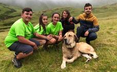 Cinco jóvenes malagueños que han superado el cáncer concluyen la 'Primera Aventura Trashumante entre Lobos y Mastines'