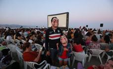 Netflix preestrena la tercera temporada de 'La casa de papel' en la playa de Huelin