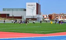 El Ayuntamiento de Estepona cede a Aprona la recaudación del Estadio de Atletismo