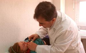 Los pediatras no quieren trabajar en primaria por la mala situación laboral de los centros de salud del SAS