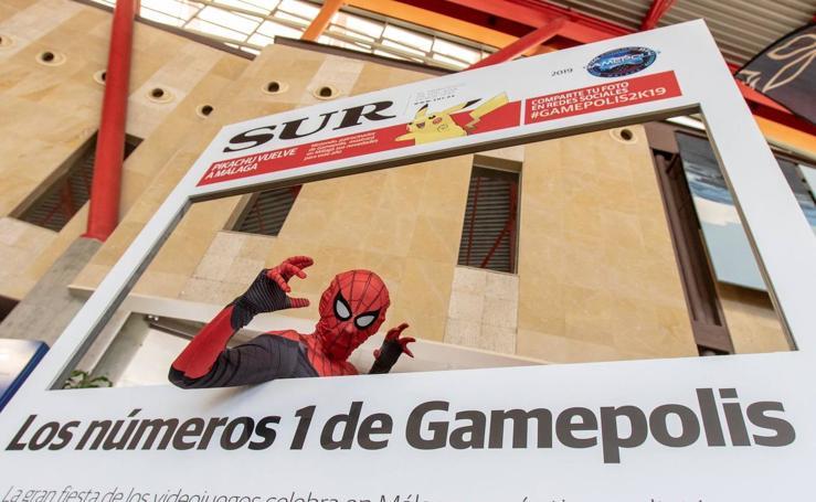 Las mejores imágenes de los participantes de Gamepolis en la portada especial de SUR