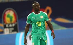 Senegal aspira a su primera Copa de África contra la sorprendente Argelia