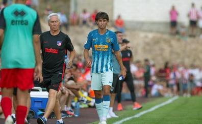 El debut de Joao Félix con el Atlético dura 28 minutos