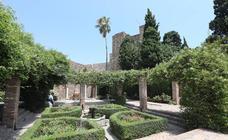 Cultura pone sus miras en la Alcazaba para recuperar el barrio de viviendas