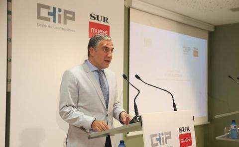 Elías Bendodo: «Málaga es una prioridad porque es donde menos se ha invertido en sanidad»