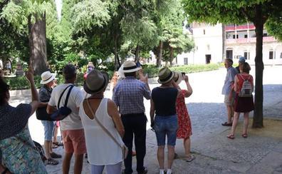 Exigen mayor control contra los guías turísticos sin acreditación