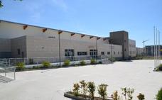 Un recurso judicial deja en el aire la apertura de la piscina cubierta de Rincón de la Victoria para septiembre